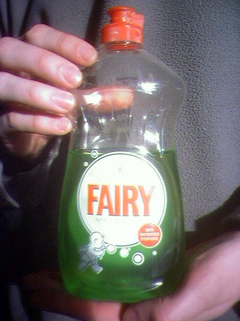 http://www.agm.me.uk/blog/uploaded_images/fairyliquid-796603.jpg